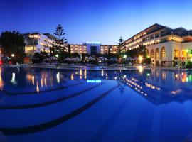 Riviera Hotel - Family and couples only