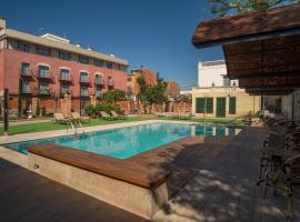 Apartaments Suites Sant Jordi, Montbrió del Camp (Botarell yakınında)