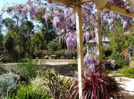 Country Charm Retreat B&B, Donnybrook (Wellington Mills yakınında)
