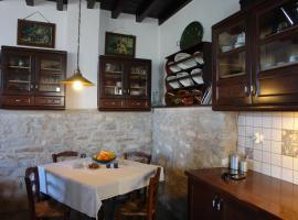 Aunt Anneza's Village House, Filótion (рядом с городом Dhanakós)