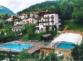 Sporting Hotel Club, Pelos (Lorenzago yakınında)