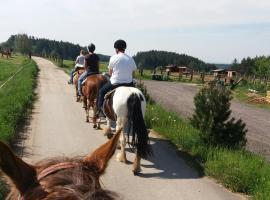 Q Ranch, Bezděkov (Urbanov yakınında)