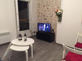 Perrin Solliers Apartment