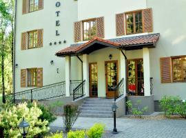 Hotel Pušyno Namai, Tirkšliai