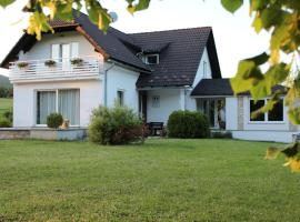 House Biba & Leona, Растовача