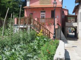 Borgo Verde, Carrodano Inferiore (Berdekatan Mattarana)