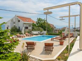 Apartments Brico, Трогир (рядом с городом Арбания)
