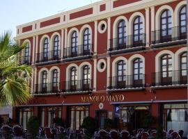 Hotel Manolo Mayo, Los Palacios y Villafranca (Guadalema de los Quinteros yakınında)
