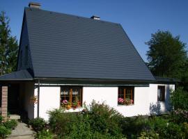 Ferienwohnung Ulbrich, Schellerhau (Waldbärenburg yakınında)