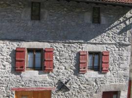 Larraenea Bed and Breakfast, Lesaka