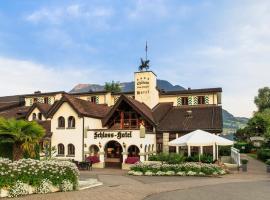 Schloss-Hotel am See - Swiss-Chalet Merlischachen, Merlischachen