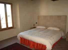 Sacreterre Room And Breakfast, Tizzano Val Parma (Scurano yakınında)
