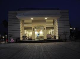 Club Resorts, Rāipur (рядом с городом Morni)