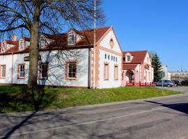 Hotel Atos, Trhové Sviny (Polžov yakınında)