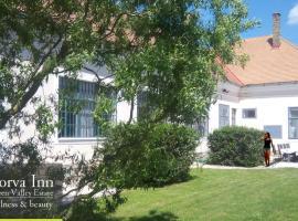 Green Valley Estate Porva Inn, Porva (рядом с городом Fenyőfő)