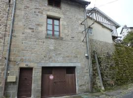 Studio St Jacques Eymoutiers, Eymoutiers (рядом с городом Nedde)