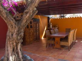 Hotel Iris, La Eliana (La Presa yakınında)