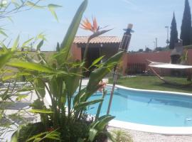 Villa Alyzea, Pinet