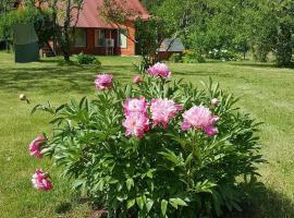 Saaresalu Summer House, Hargla