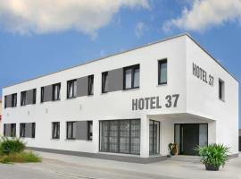 Hotel 37, Altdorf