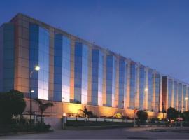 Ramada Plaza Palm Grove, Мумбай (рядом с городом Juhu)