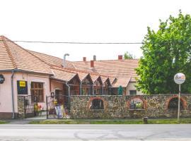 Borostyánkert Étterem & Vendégház, Sitke