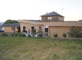 Maison en ossature bois, Plaintel (рядом с городом Quintin)