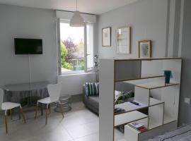 Studio proche gare St Jean
