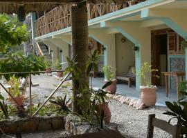 Polybriz Hotel Relax by the Sea, Cayes Jacmel (рядом с городом Cour Félix)