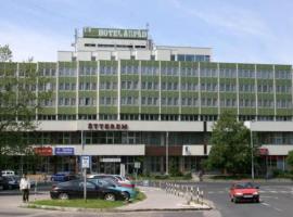 Hotel Árpád, Tatabánya