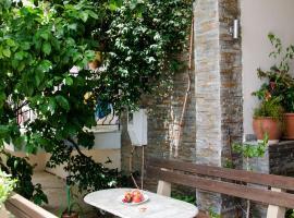 Ioannis Avrades Apartments, AgiaKampos