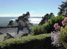 Plas Heulog Holiday Cottages, Llanfairfechan
