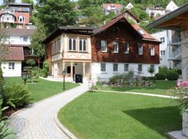 Ferienhaus Villa Marina, Bad Urach (Seeburg yakınında)