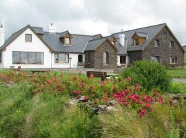 Gorman's Clifftop House, Glaise Bheag