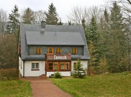 Holiday Home Tanneck, Schellerhau (Waldbärenburg yakınında)
