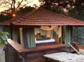 Baghvan Pench National Park - A Taj Safari Lodge, Behrai (рядом с городом Dhutera)