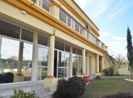 Hotel Carmel, Villa Parque Siquiman