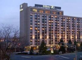 Hilton Hasbrouck Heights-Meadowlands, Hasbrouck Heights (in de buurt van Saddle Brook)