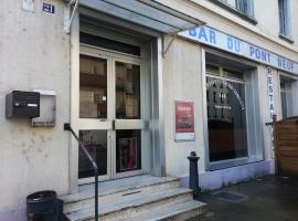 Hôtel Du Pont Neuf, Фонтен (рядом с городом Сент-Эгрев)