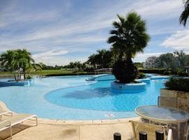 Cartagena Laguna Club Apartment, Cartagena de Indias (La Siriaca yakınında)