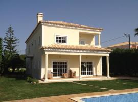 Villa Amendoeiras, Quartos (Near Loulé)