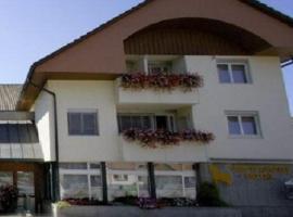 Hotel Rössli, Busswil (Worben yakınında)