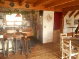 Casa Lirios Y De Lirios, San Carlos de Bariloche (Dina Huapi yakınında)