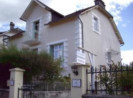 Les Pradelles, Lapleau (рядом с городом Lamazière-Basse)