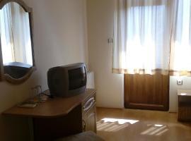 Family Hotel Zelenika, Velika (Fazanovo yakınında)