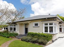 Marys Villa - Christchurch Holiday Homes
