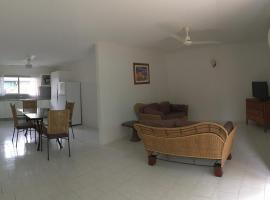 Palm Cove Budget Accommodation