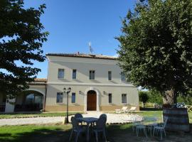 Villa Marietta Country House, Montemaggiore al Metauro (San Giorgio di Pesaro yakınında)