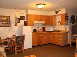 The Woodsman Country Lodge, Crescent
