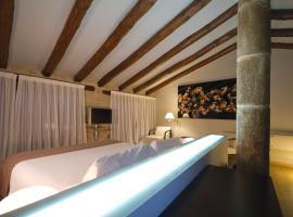 Hotel Cresol, Calaceite (Caseras yakınında)